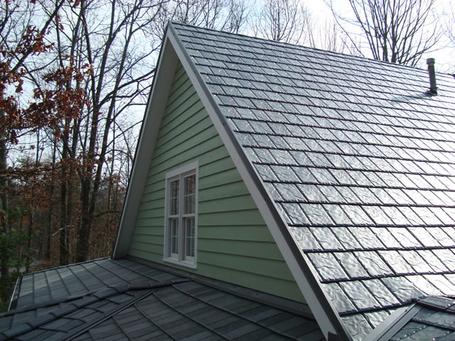 Periodically Maintaining Your Roof